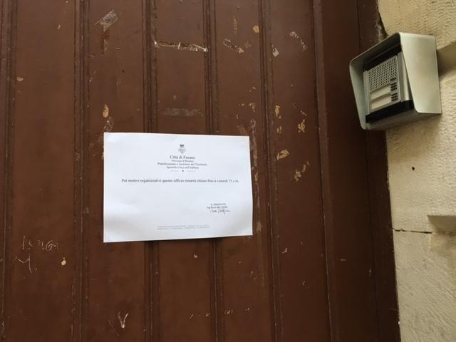 Lavoro Architetto Ufficio Tecnico : Tensione all ufficio tecnico di fasano lite tra architetti e la