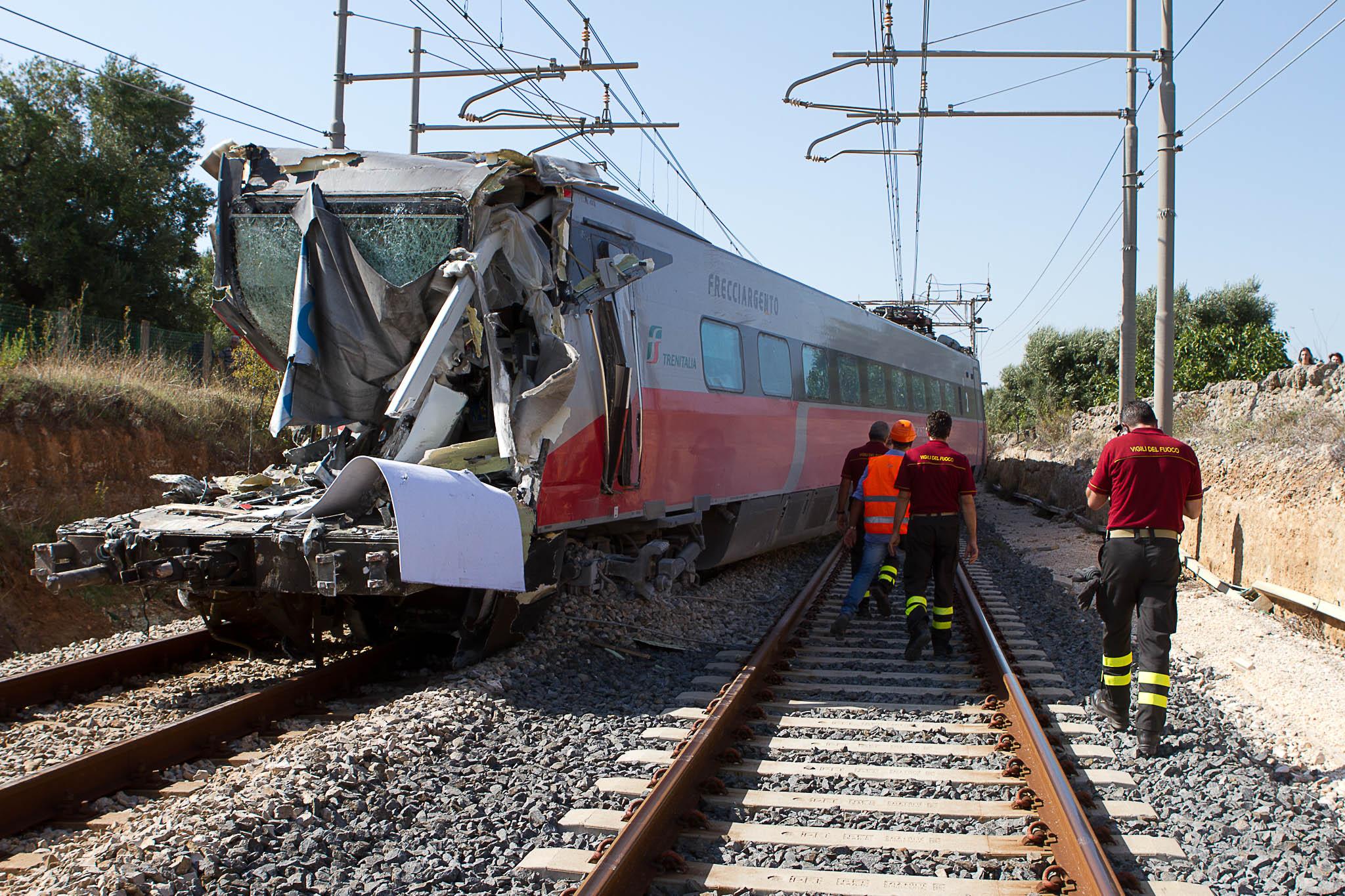 Anche bambini tra i testimoni oculari della tragedia del - Immagini del treno per colorare ...