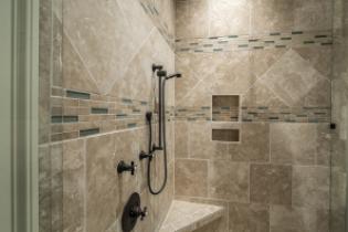 Come scegliere i mobili per il bagno con bagno italia